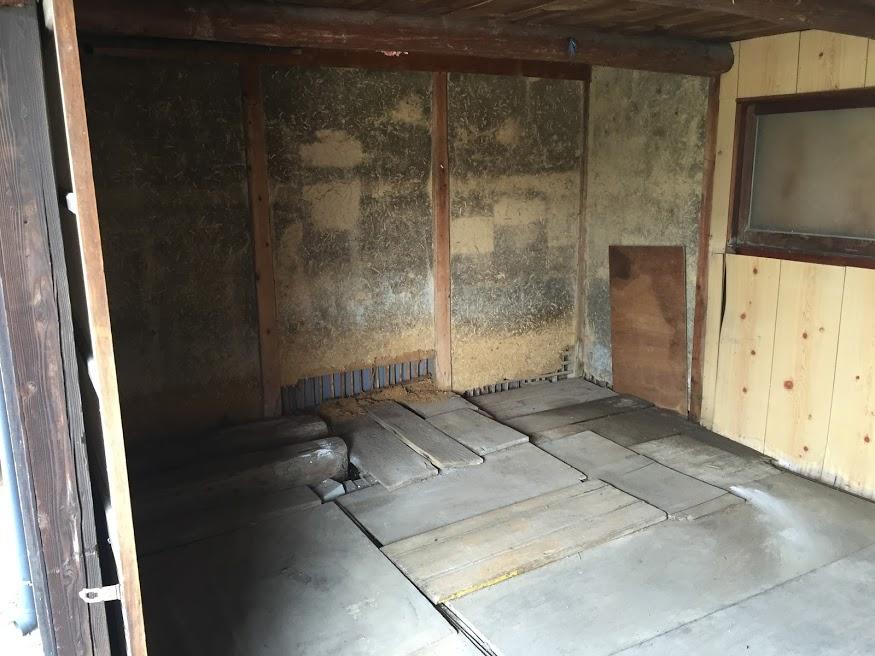 納屋 板3