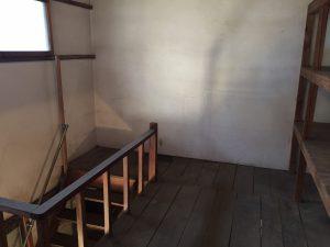 倉庫2階2